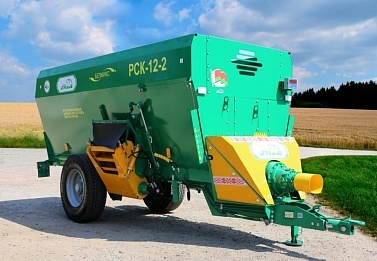 Machinery for feed preparation and distribution